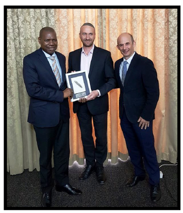 Presentation to Minister Dr Zweli Mkhize in recognition of 6 his support for the Jewish community, Durban, 12 March 2019: Dr Mkhize, Shaun Zagnoev, Jeremy Droyman (KZN Council President).