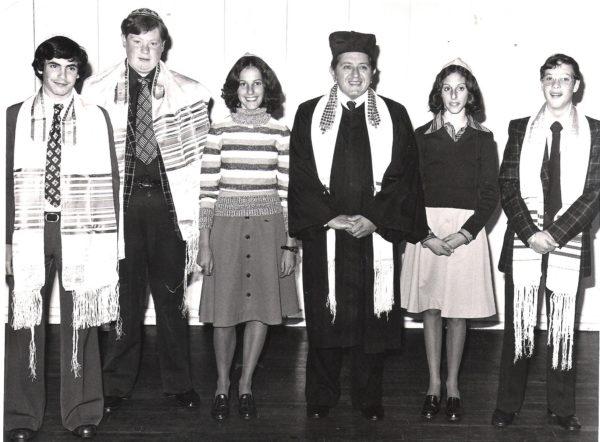 Bnei Mitzvot ceremony, Temple Shalom, with Rabbi Walter Blumenthal